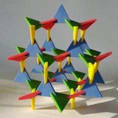 Koos Verhoeff, Tom Verhoeff, Anton Bakker, 2012, Trism Lattice, 3D print in Full-Color Sandstone