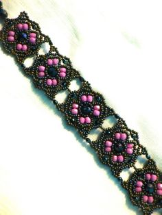 Free pattern for bracelet Beratan