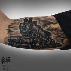 Tattoo Design Ideas for Men/Women Weird Tattoos, 3d Tattoos, Wolf Tattoos, Tattoo Drawings, Tatoos, Manga Tatoo, Train Tattoo, Motor Tattoo, Engine Tattoo