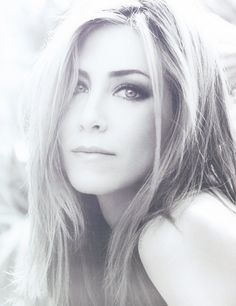 Jennifer Aniston: seriously, she is so gorgeous. Woman crush.