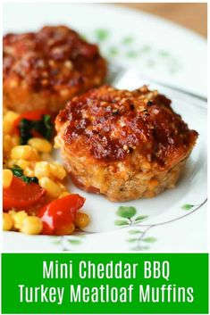 These Mini Cheddar Bbq Turkey Meatloaf Muffins Make For A Fun And Easy Weeknight Meal. My Kids Love Them Via Aggieskitchen Mini Meatloaf Recipes, Ground Turkey Meatloaf, Bbq Turkey, Ground Turkey Recipes, Turkey Meat Recipes, Turkey Dishes, Turkey Meatballs, Turkey Meatloaf Muffins, Chicken Meatloaf