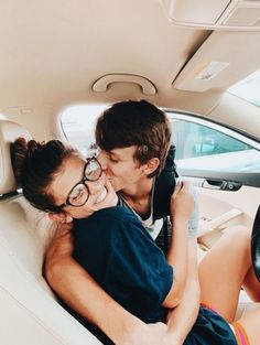 60 Romantic And Sweet Relationship Goals You Long For - Page 21 of 60 - Chic Hostess - Today Pin Beaux Couples, Cute Couples Photos, Cute Couple Pictures, Cute Couples Goals, Cute Photos, Couple Pics, Couple Things, Cute Couple Selfies, Teen Couples