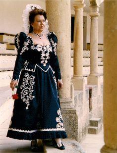 Dama goyesca de Ronda, Málaga