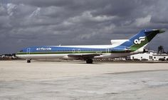 Air Florida Boeing 727-227/Adv N272AF at West Palm Beach-Palm Beach, August 1982. (Photograph courtesy of Ellis M. Chernoff)