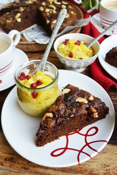 Zu einem saftigen Stück Kuchen kann niemand nein sage #gmundnerkeramik #handbemaltes #geschirr #kaffeeset #modern Mango, Healthy Baking, Creme, French Toast, Pure Products, Breakfast, Desserts, Food, Cooking
