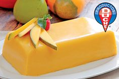 Gelatina de Mango (mango mousse without gelatin) Custard Desserts, Jello Desserts, Jello Recipes, Cold Desserts, Frozen Desserts, Dessert Recipes, Mango Recipes, Mexican Food Recipes, Sweet Recipes