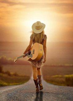 Cow Girl, Guitar Photography, Portrait Photography, Country Girl Photography, Sexy Cowgirl, Guitar Girl, Model Foto, Jolie Photo, Music Photo