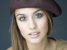 """La Megan Fox española Megan Montaner ha cosechado éxito de audiencia con su serie """"Sin identidad"""". Ahora se pasa al mundo del cine."""
