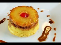 This is a FABULOUS pineapple upside down cake - PIN this recipe and try it!my mom use to make this and it was a family fave Sweet Desserts, Just Desserts, Delicious Desserts, Yummy Food, Mini Cakes, Cupcake Cakes, Cupcakes, Yummy Treats, Sweet Treats