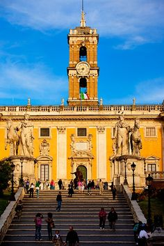 Cordonata staircase designed by Michelangelo and the Piazza del Campidoglio at dawn, Rome, Lazio, Italy. Rome Travel, Italy Travel, Michelangelo, Beautiful Buildings, Beautiful Places, Places To See, Places Ive Been, Rome Florence, Wanderlust