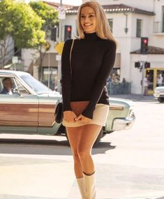 Once Upon a time in Hollywood ? – fashion beauty – Once Upon A T… Once upon a time in Hollywood? – fashion beauty – once upon a time in Hollywood 🤤🥰 Margot Robbie… street fashion, cool, cosmopolitan, moda, – # Margot Robbie Style, Margot Elise Robbie, Margo Robbie, Actress Margot Robbie, Margot Robbie Harley Quinn, Sharon Tate, Mode Style, Men's Style, Girl Style