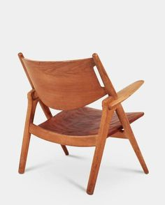 Pair of Sawbuck Lounge Chairs by Hans J. Wegner 6