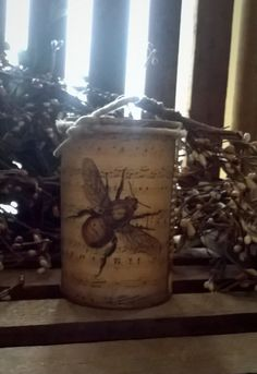 Prim Bee Label Can Candle   Scented   by DebsCandlesandDreams