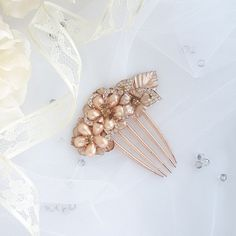 Check out this item in my Etsy shop https://www.etsy.com/listing/602293319/gold-bridal-hair-accessory-vintage