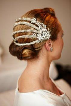 vintage wedding hair reworked vintage headpiece by Sandie Bizys for a vintage wedding Bridal Fascinator, Bridal Hat, Headpiece Wedding, Bridal Headpieces, Fascinators, Romantic Wedding Hair, Vintage Wedding Hair, Wedding Hats, 1920s Wedding