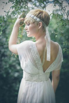 20 Short Pixie Wedding Hairstyles, Don't let the length fool you, short haircuts like pixie cut can also be wedding hairstyle. The short pixie cut has just as much versatility as your. Cute Hairstyles For Short Hair, Pixie Hairstyles, Summer Hairstyles, Wedding Hairstyles, Short Hair Styles, Short Haircuts, Hairstyles 2018, Easy Hairstyles, Ethereal Wedding Dress