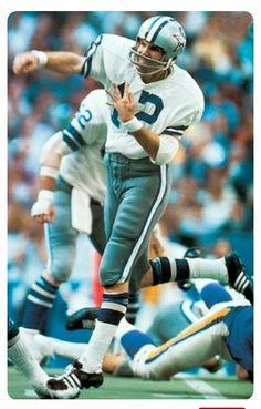 Roger Staubach Dallas Cowboys Images, Dallas Cowboys Players, Nfl Football Players, Nfl Football Teams, Football Baby, School Football, Alabama Football, How Bout Them Cowboys, American Football