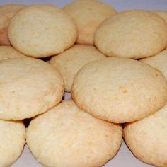 Orange Coconut Biscuits Coconut Biscuits, Coconut Cookies, Lemon Frosting Recipes, Jelly Slice, Chocolate Biscuits, Fast Dinners, Biscuit Cookies, Baked Goods, Baking Recipes