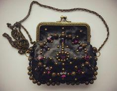 Вечерняя сумочка. Вышивка по коже. #bag #ticoto