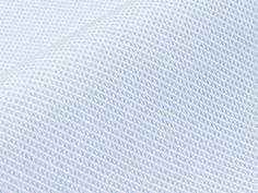 Edelbeck, hellblau: diagonale Steifen Struktur, hellblau mit weißem Unterton, leicht seidiger Glanz $77