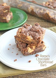 Reese's Chocolate Shortbread Bars