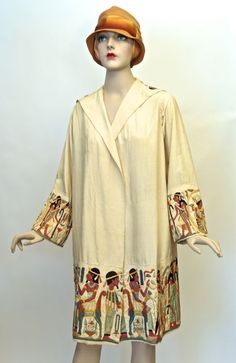 14.02.01 Coat (front view), silk, applique Egyptian embroidery motif, unlabelled, late 1920s, donor: purchase by the Friends of the Fashion History Museum