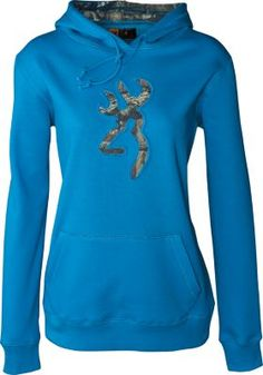 Synonymous with die-hard outdoor performance, the Browning Buckmark is the calling card of serious hunters worldwide. Display the embroidered Browning Buckmark proudly when you wear this Sweatshi Country Girls Outfits, Country Girl Style, Country Fashion, My Style, Camo Outfits, Casual Outfits, Hunting Clothes, Camo Clothes, Browning Buckmark