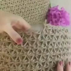 Star stitch and lamp shade 💕 . Star stitch - first round and starting the second one . than crochet until you have reached the desired height of your bag . Crochet Crocodile Stitch, Crochet Tote, Love Crochet, Learn To Crochet, Crochet Crafts, Easy Crochet, Crochet Flowers, Knit Crochet, Crochet Motifs