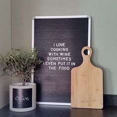 Time to cook some dinner #dinnertime #kitchen #quote #interior #home #letterbord #interiordesign #interiors #kitchenware #olivetree #farrowandball #dinner #cookingtime #keuken #inrichting #huis #styling #homedecoration