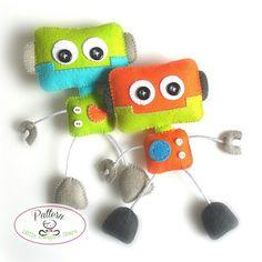Smiley Robot-PDF sewing pattern-Cute Robot toy-DIY-Handmade