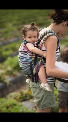 Strawberry picking with the whole family :)  Wrap: Mila's Rainbow in Rose Fuscia