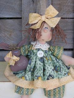 Country Primitive Wilabee Easter Bug E by DeenasCountryHearth