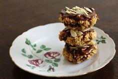 vegan oatmeal cookies