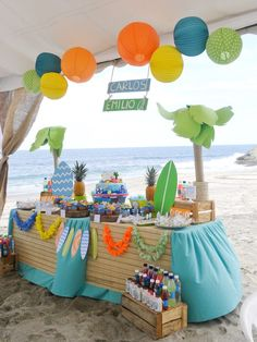 Surfin' birthday party, these year will be special .. Dos cumpleaños en uno, con sus favorites themes.