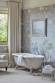 Love the roll top bath and floral wallpaper. If you like this pin, why not head on over to get similar inspiration and join our FREE home design resource library at http:signup Grey Bathrooms, Beautiful Bathrooms, Modern Bathroom, Boho Bathroom, Minimalist Bathroom, Bad Inspiration, Bathroom Inspiration, Bathroom Ideas, Bathroom Vanities