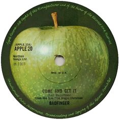 The Beatles - The Ballad Of John And Yoko Apple Records R 5786 - Enregistré en avril 1969 - Sortie le 30 mai 1969 Note: Beatles Party, The Beatles 1, Beatles Birthday, Beatles Singles, John Lennon Yoko Ono, Apple Records, Center Labels, Hey Jude, Diy Home Decor