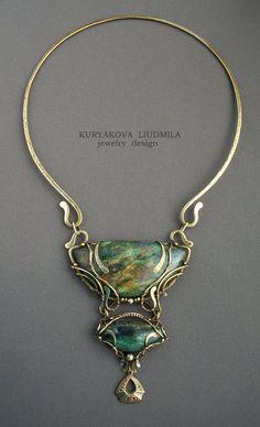 "Necklace | Kuryakova Liudmila.  ""Tales of an ancient wood"".  Brass,  fuchsia (fuksitovy slate), patina"