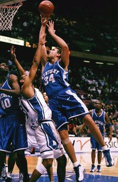 Scott Padgett and the year of the Comeback Cats beating Duke in '98...86-84. WIN!!!!!!!!!!!!