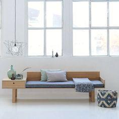 House Doctor is een up comming Deens merk met een herkenbare frisse collectie van meubels, lampen en vooral veel accessoires. Zij zeggen de remedie te hebben voor allerlei kwaaltjes in je woning, wij vinden gewoon dat het assortiment perfect past in de Moderne stijlen en stromingen. De Deense invloeden in de vormgeving maken dat de collectie heel goed aansluit bij de [...]