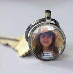 Schlüsselanhänger - Personalisiertes Foto Keychain Foto-Andenken - ein Designerstück von MadamebutterflyMeagan bei DaWanda