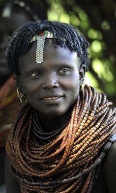 Nyangatom woman in Omo Valley, Ethiopia | ©Rendez-vous en terre inconnue