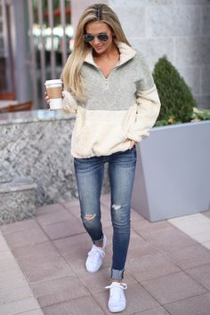 Meet Your Match Pullover - Taupe/Cream 47 Chic And Cute Winter Style Casual Outfit Ideas For Moms Black Women Fashion, Look Fashion, Fashion Outfits, Womens Fashion, Fashion Trends, Fashion Ideas, Fashionista Trends, Ladies Fashion, Fashion Clothes