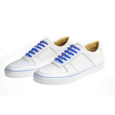 Are you searching for more info on sneakers? In that case click right here to get more information. Associated information. Sneakers Mode, Sneakers Fashion, Adidas Sneakers, Orange Leather, White Leather, Adidas Stan Smith, Leather Sneakers, New Shoes, Smooth Leather