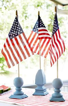 Use different post cap styles to create a flag holder arrangement for your Independence Day table. --Lowe's Creative Ideas Fourth Of July Decor, 4th Of July Decorations, 4th Of July Party, Thanksgiving Decorations, July 4th, Holiday Decorations, Patriotic Crafts, Patriotic Party, July Crafts