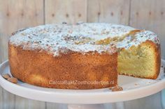 Deze Italiaanse amandeltaart is supersnel klaar. Deze topper is een recept van de bakkerij van het dorp waar Sarena Solaris is opgegroeid. Bread Cake, Pie Cake, No Bake Cake, Sweet Pie, Sweet Bread, Cake Cookies, Cupcake Cakes, Baking Recipes, Cake Recipes