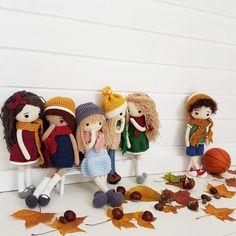 Nie ma co ukrywać,że chłopak wywołał poruszenie wśród dziewcząt . . . #świat #moich #zabawka #lalka #lalka #dziewczynka #chlopiec #zabawka #zabawki #jesien #szydełko #rękodzieło #doll #toysphotography #sweet #soft #toy #toys #insta #instatoy #toyspho #kidsworld #toysworld #doll #crochettoy #crocheting #crochetlove #amigurumitoy #amigurumi #instaworld #kids #handmade #handmadetoys