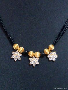 J Jewelry Design Earrings, Gold Earrings Designs, Gold Jewellery Design, Bead Jewellery, Beaded Jewelry, Beaded Necklace, Gold Necklace, Gold Mangalsutra Designs, Royal Jewelry