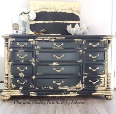 How To Make Rustic Furniture Small Home Furniture Info: 1668976806 Gold Leaf Furniture, Painting Wooden Furniture, Distressed Furniture, Funky Furniture, Refurbished Furniture, Repurposed Furniture, Furniture Projects, Furniture Makeover, Antique Furniture