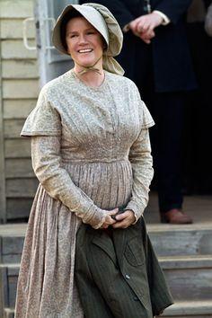 mare-winningham-hatfields-and-mccoys-fashion.jpg