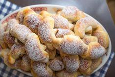 Lahodné domácí povidlové rohlíčky z jemného těsta čerstvé i druhý den recept - Magnilo Onion Rings, Doughnut, Muffin, Breakfast, Ethnic Recipes, Desserts, Food, Hampers, Bakken